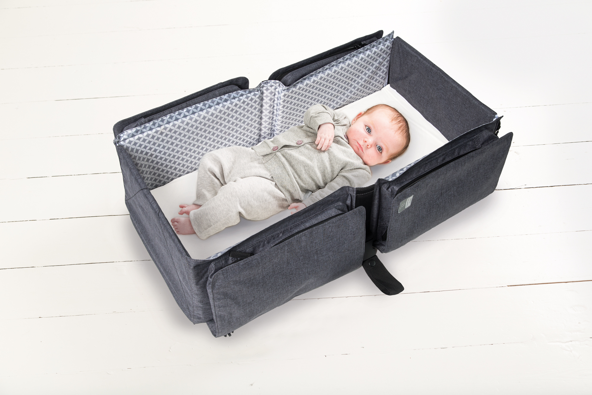 Baby travel přebalovací a přenosná taška, Grey